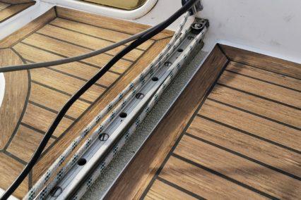 sirena-38_sailing-boat_walnut-black2