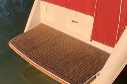 sports-boat_walnut-black